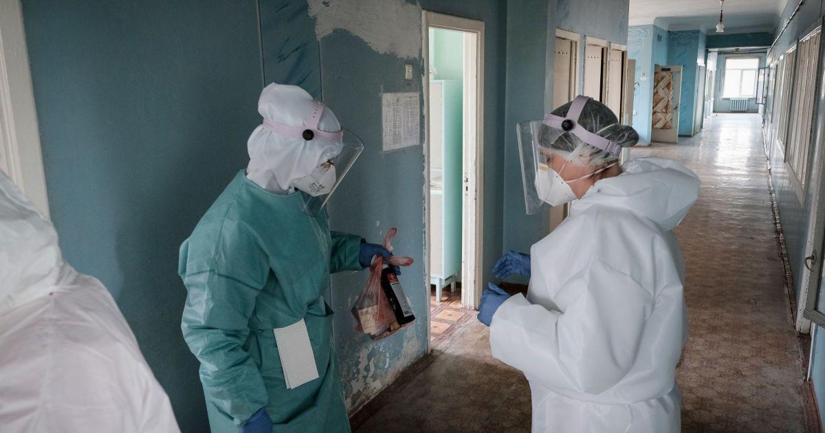 Глава Минздрава рассказал, сколько дней в больнице держат больных коронавирусом и какова стоимость выздоровления