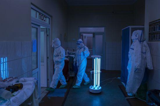 Україна за місяць встановила антирекорд зі смертності від коронавірусу: у яких областях найбільше летальних випадків