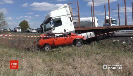 Аварія у Рівненській області: 5-річний хлопчик та його батько загинули