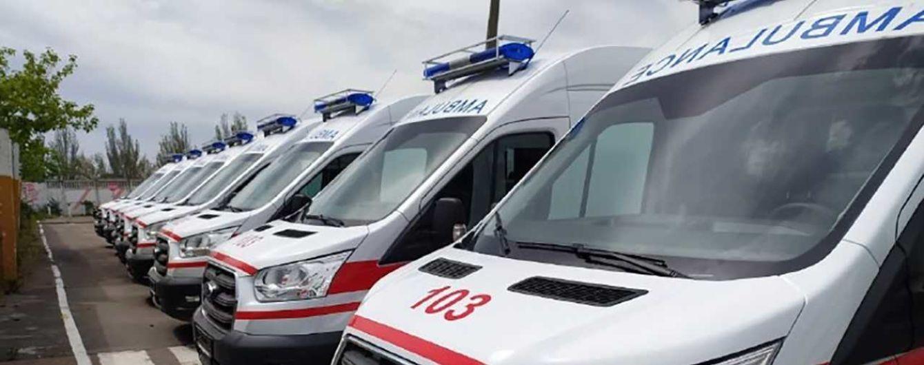 В Одессе коллапс из-за коронавируса: скорые ждали в очереди, чтоб доставить пациента в больницу