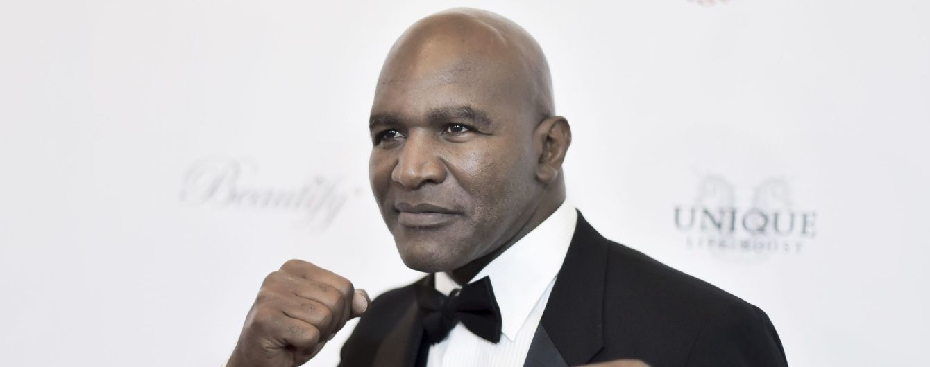Холифилд в эпичном видео показал подготовку к возвращению в бокс