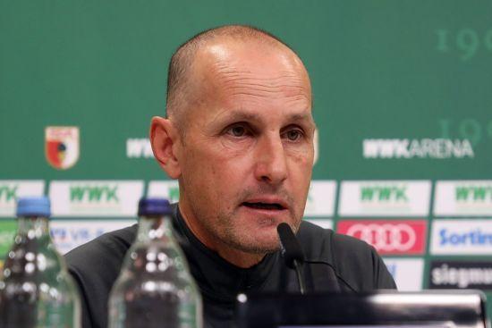 Тренер клубу Бундесліги порушив карантин через зубну пасту і пропустить стартовий матч після поновлення