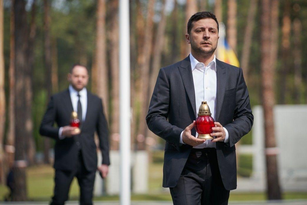 Зеленський вшанував пам'ять жертв політичних репресій_4