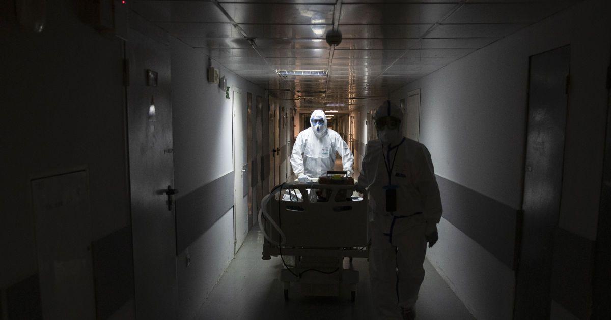 В Росії нова рекордна кількість померлих від коронавірусу