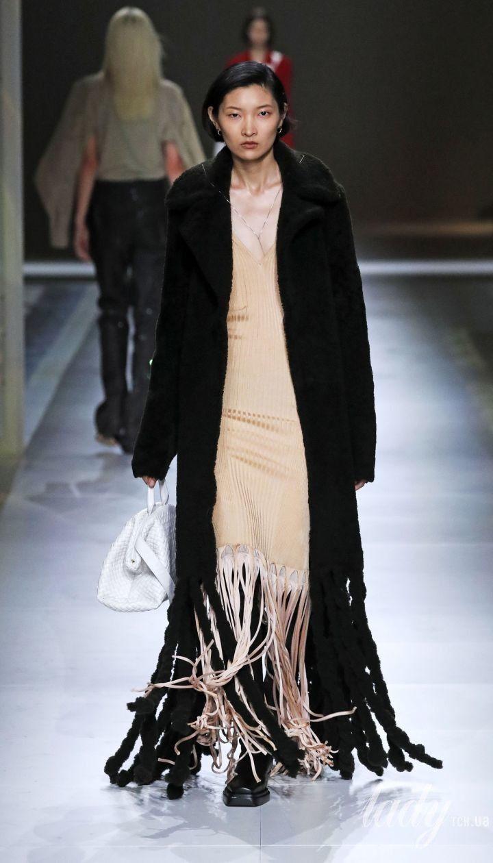 Коллекция Bottega Veneta прет-а-порте сезона осень-зима 2020-2021 @ East News