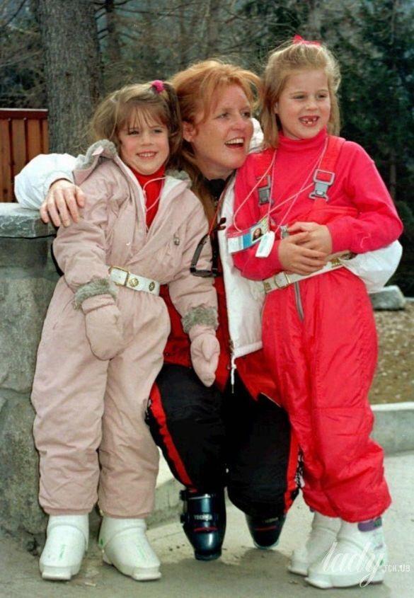 Сара Йоркская с дочками, 1996 год