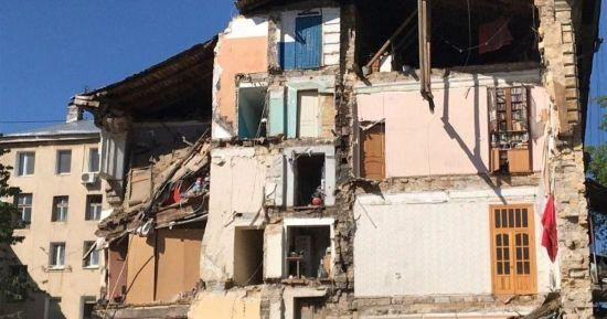 Усіх людей з обваленого будинку в Одесі відселять