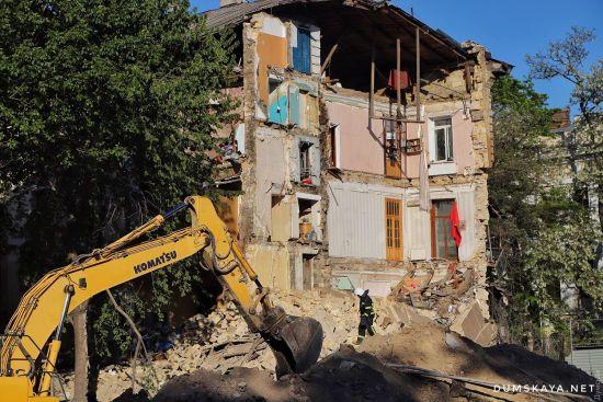 В Одесі розібрали завали житлового будинку на Торговій