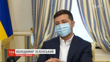 Зеленський пообіцяв більше приділяти уваги проблемам кримців