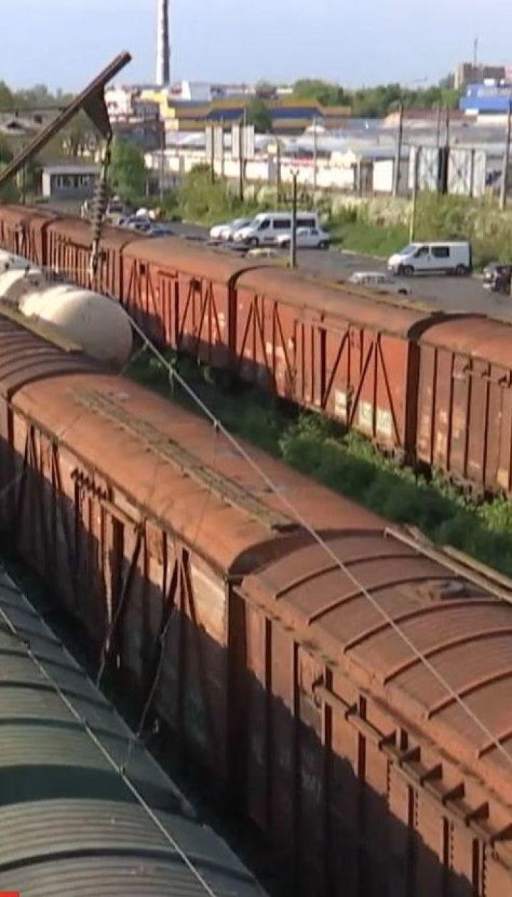 Двое подростков в Ковеле получили тяжелые ожоги, когда выбрались на крышу поезда, чтобы сделать селфи