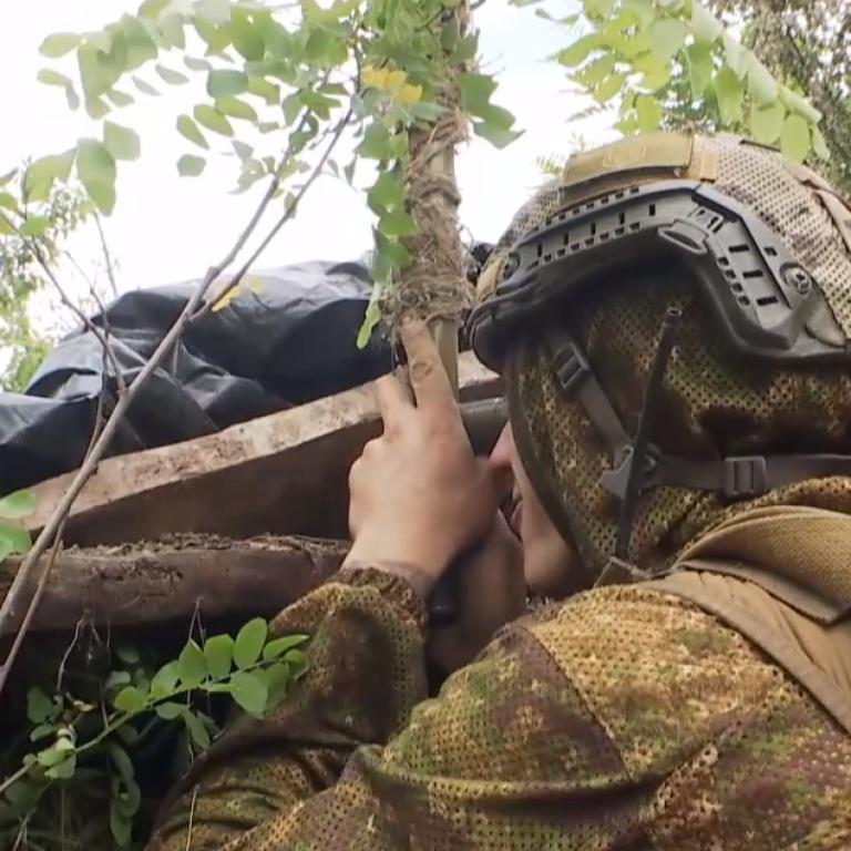 Первыми не стреляем: бойцам не позволили ликвидировать вражеских снайперов