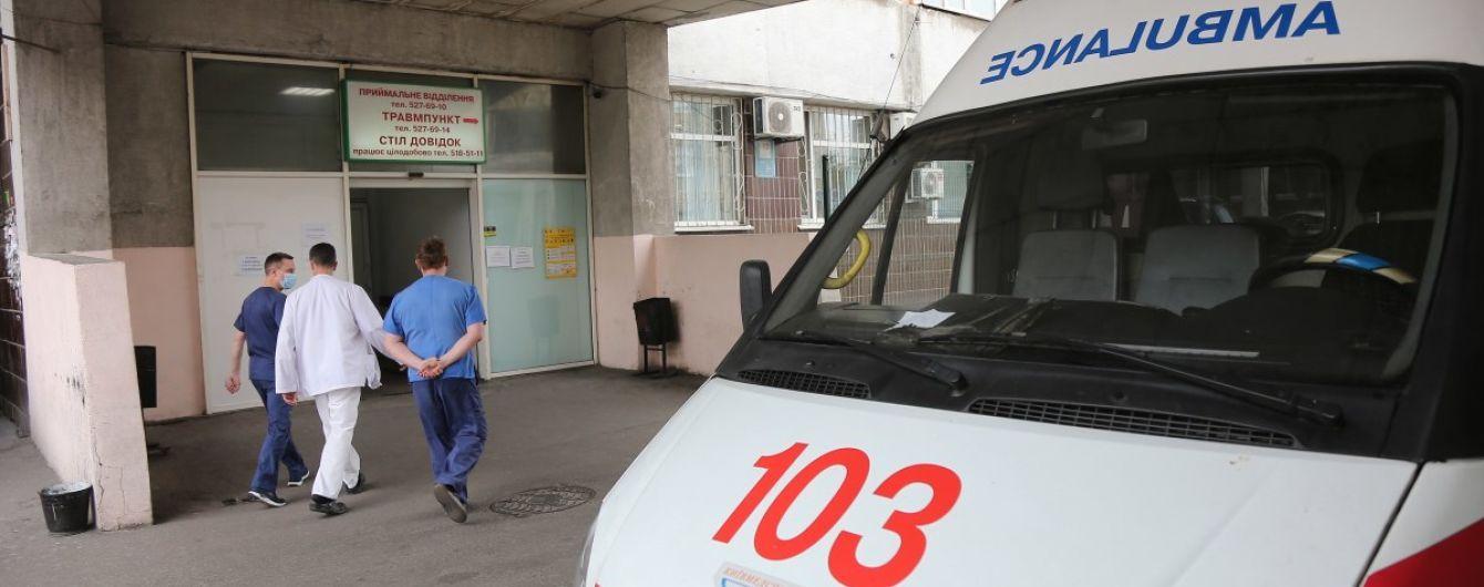 В Харьковской области умер 12-летний мальчик: мать сама лечила его от ангины