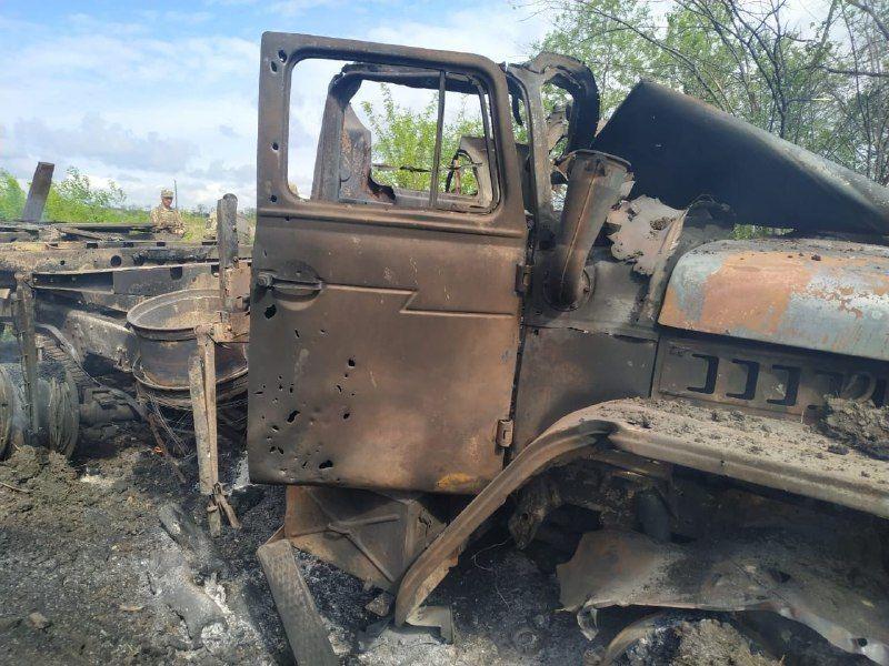 Вантажівка, в якій загинув військовий_2