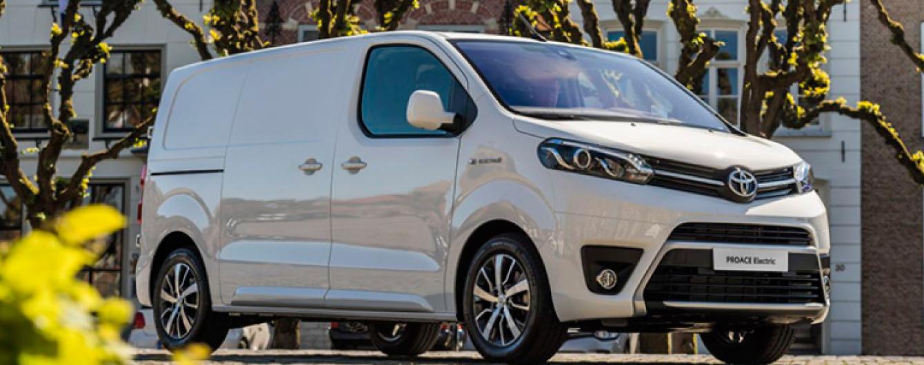 Toyota представила полностью электрический фургон