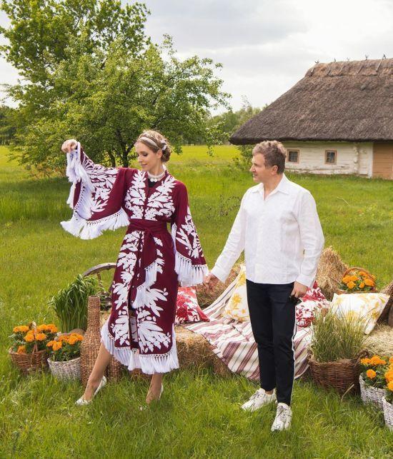Вишиванки зірок, коронавірус і розпродаж собак за борги: найпопулярніше на ТСН.ua за 21 травня