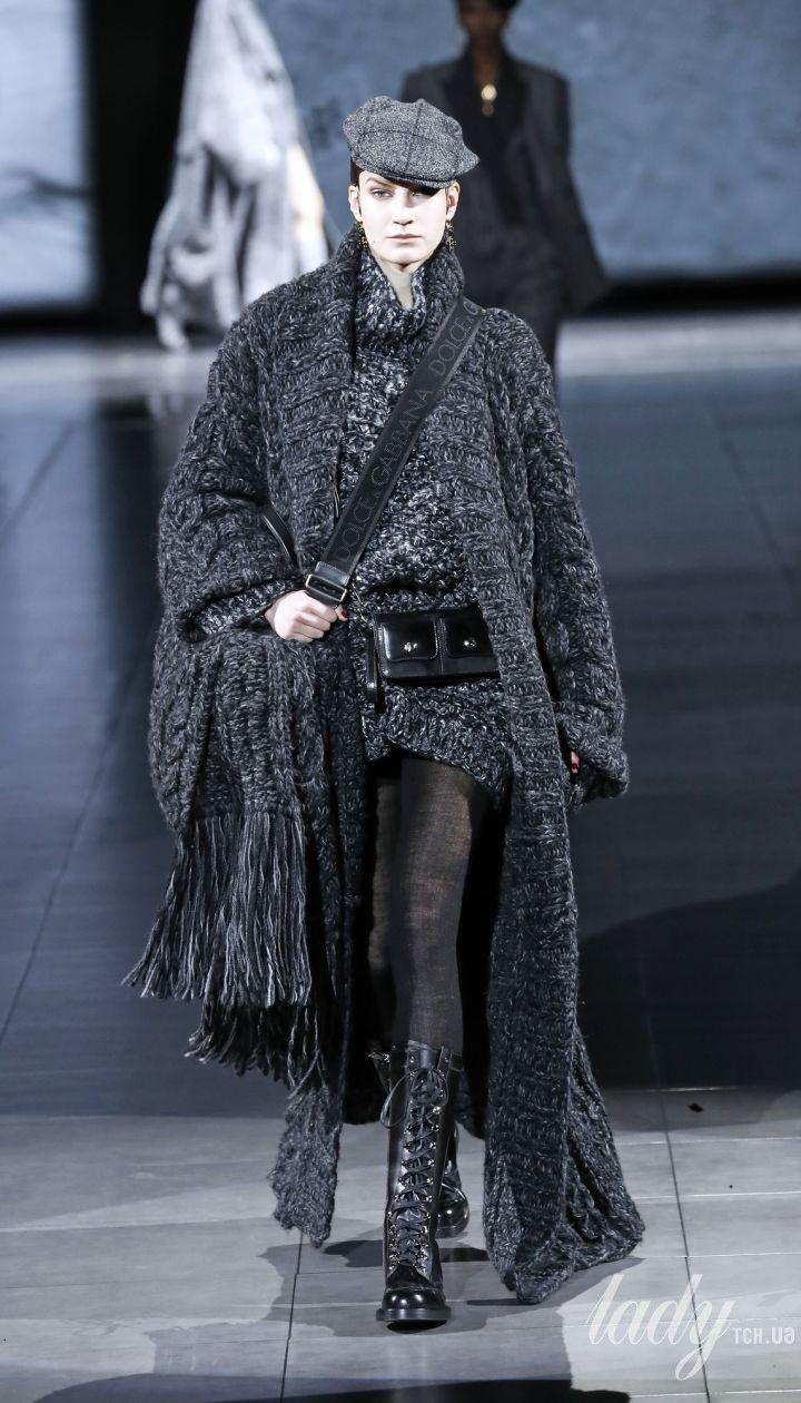 Коллекция  Dolce & Gabbana прет-а-порте сезона осень-зима 2020-2021 @ East News