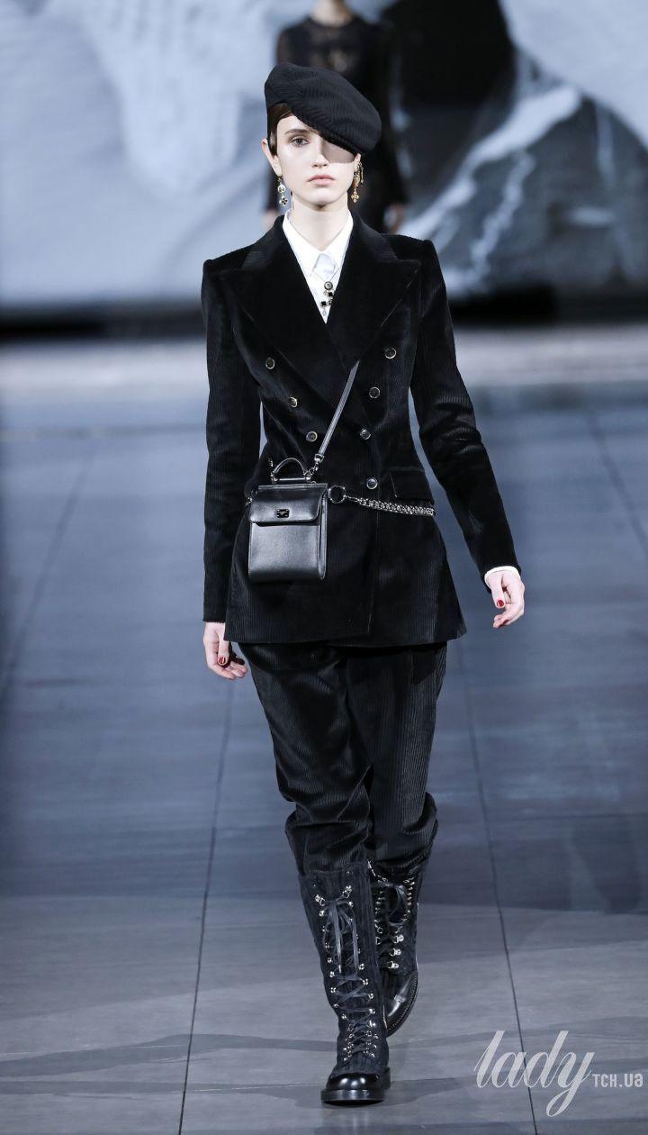 Колекція Dolce & Gabbana прет-а-порте сезону осінь-зима 2020-2021 @ East News