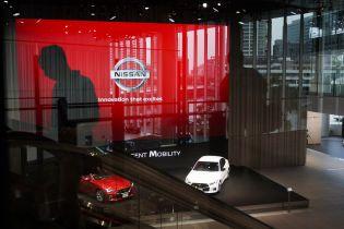 Nissan має намір масово скоротити співробітників