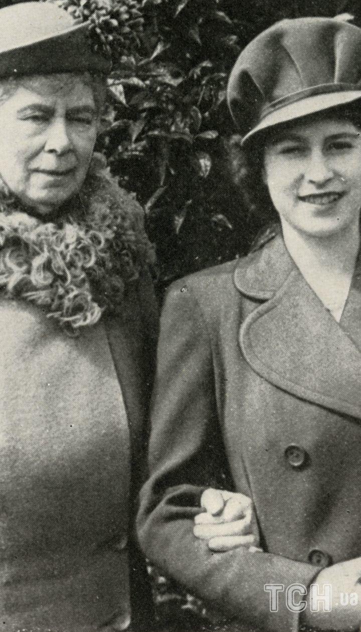Марія Текська і королева Єлизавета II
