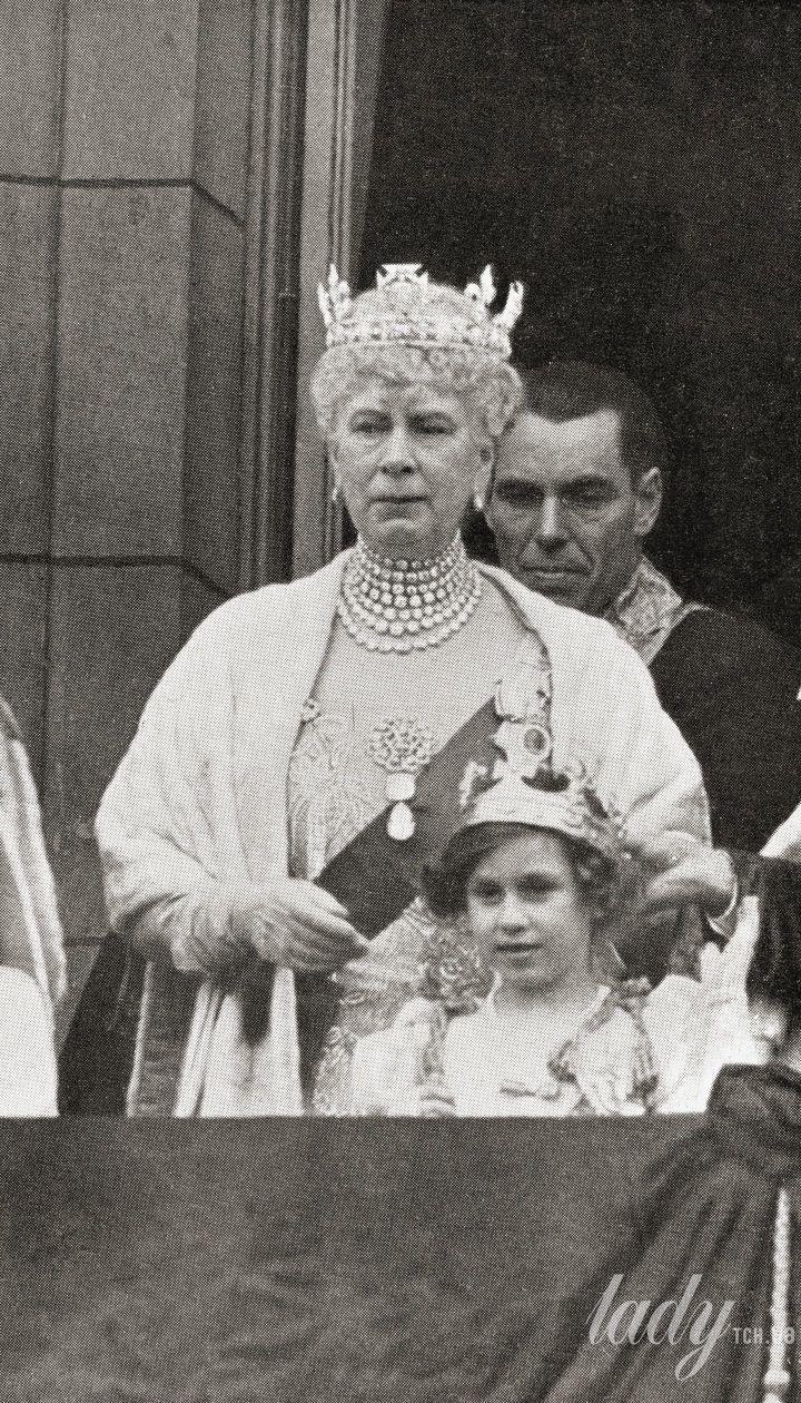 Марія Текська на коронації короля Георга VI