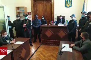 Суд избрал меру пресечения подозреваемому в убийствебывших АТОшников
