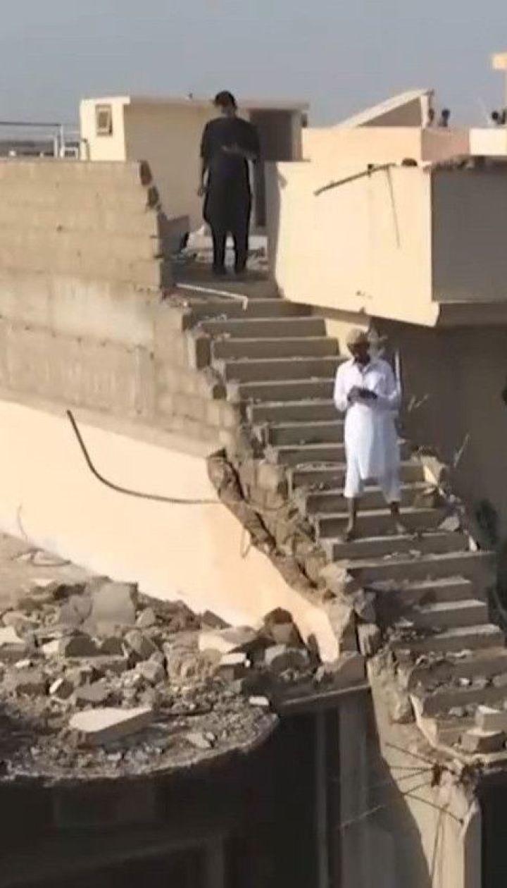 Крушение в Пакистане: как себя чувствуют пассажиры, которые чудом спаслись из самолета