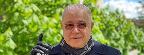 74-річний Євген Петросян офіційно розсекретив стосунки з коханою-молодичкою
