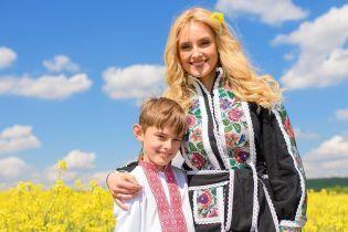 Ірина Федишин чуттєво привітала старшого сина з днем народження