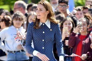 У всьому винен вітер: конфузні ситуації з сукнями герцогині Кембриджської