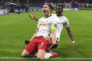 Німецький клуб приховав, що футболіст перехворів на коронавірус перед рестартом Бундесліги