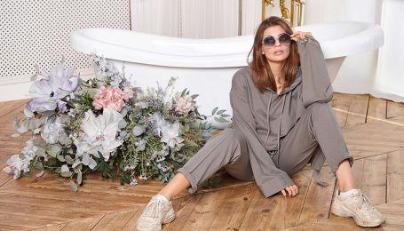 Худи, бермуды и брюки-палаццо: костюмы-конструкторы в коллекции украинского бренда