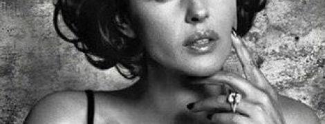 Моніка Беллуччі поділилася архівним фото для чоловічого глянцю