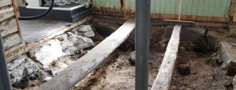 В Норвегии пара под полом спальни нашла тысячелетнюю могилу викингов