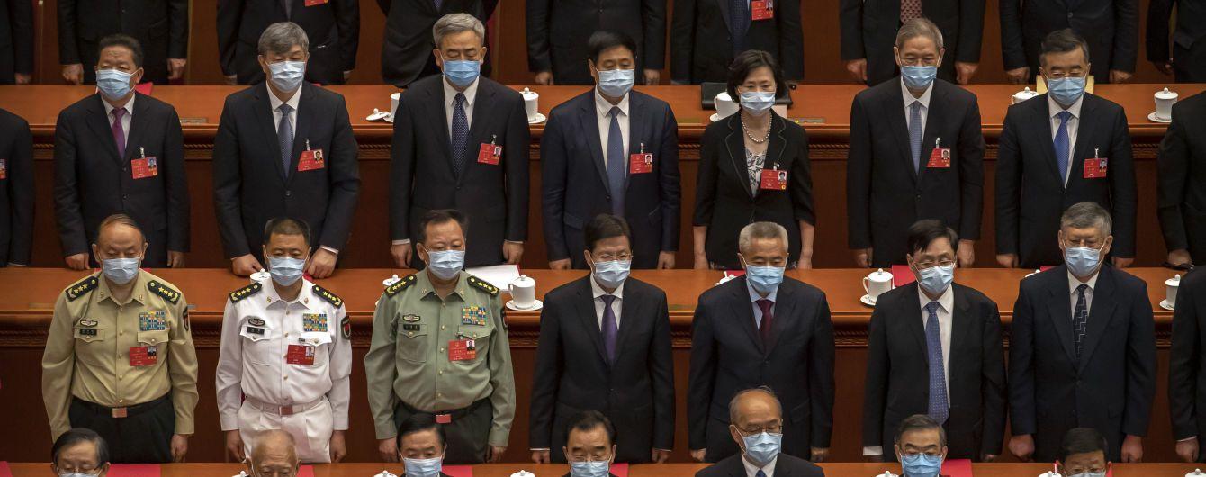 Пекін схвалив скандальний закон, що обмежує автономію Гонконгу