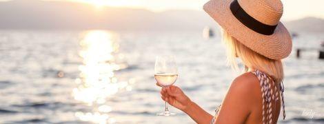 Вся справа в дозі: чому жінки стали пити більше алкоголю