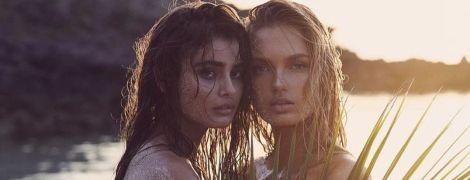 Прикрылись пальмовым листком: Роми Стридж и Тейлор Хилл позировали на пляже