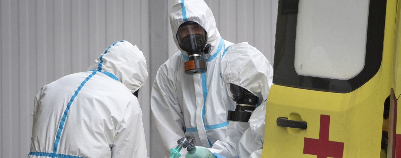 Количество случаев заражения коронавирусом в мире перевалило за девять миллионов