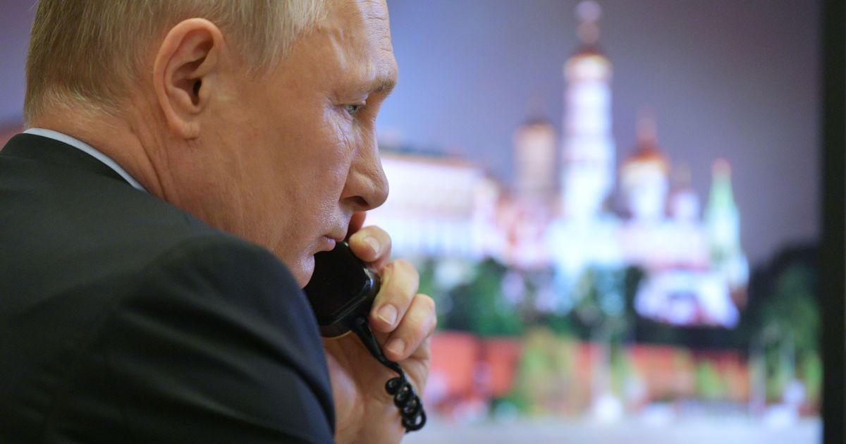 """""""Звісно, це повна дурня"""": у Кремлі відповіли на закиди про те, що Путін боїться Навального"""