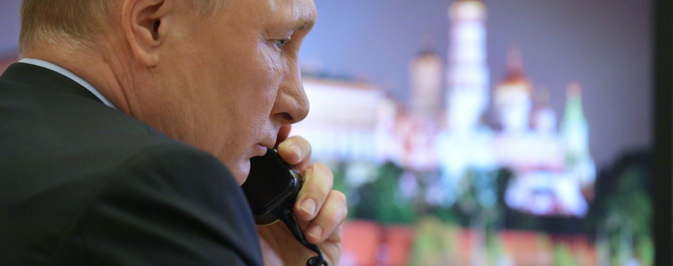 """""""Прихлопнули"""" і всі мовчать"""": Путін вперше відреагував на блокування """"каналів Медведчука"""""""
