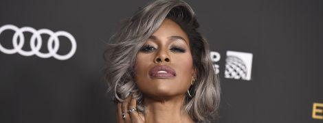 48-летняя актриса-трансгендер Лаверн Кокс эротично позировала в джакузи в латексном бикини