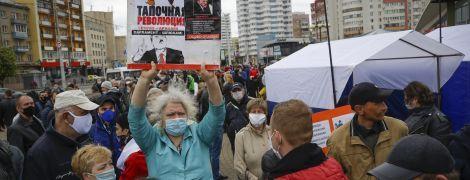 У Білорусі масово затримують опозиційних активістів