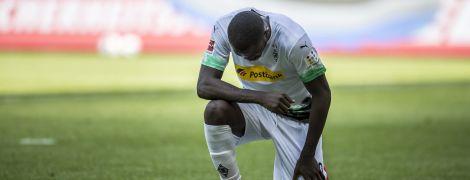 Убивство Джордана Флойда: у Німеччині футболіст приєднався до протесту проти расизму