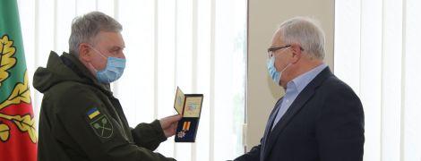 Якій армії він допомагав: соцмережі розкритикували медаль Вілкулу за допомогу ЗСУ