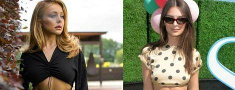 Обе в кроп-топах: битва луков Тины Кароль и Эмили Ратажковски