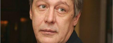 Михаил Ефремов в машине был не сам: появилось новое видео с места смертельного ДТП