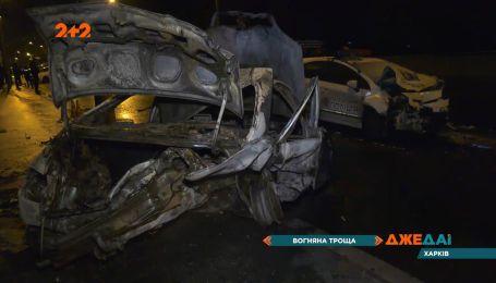 В Харькове произошло лобовое столкновение с летальным исходом