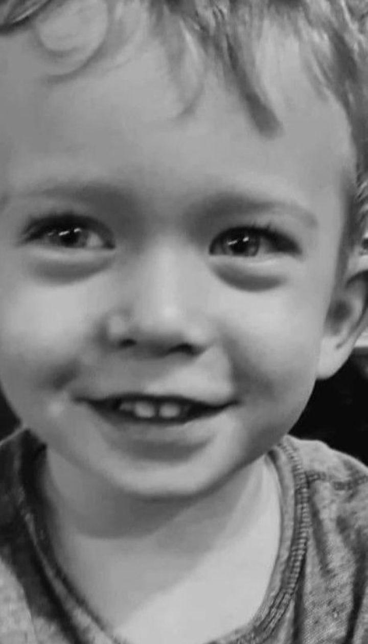 """У столичному """"Охматдиті"""" матір не пустили до дитини, яка помирала в реанімації"""