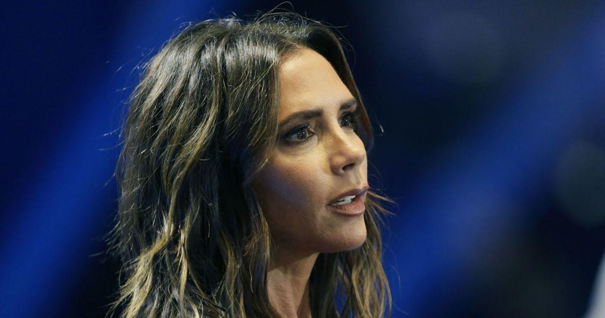 Виктория Бекхэм заработала миллион фунтов за отказ от тура Spice Girls