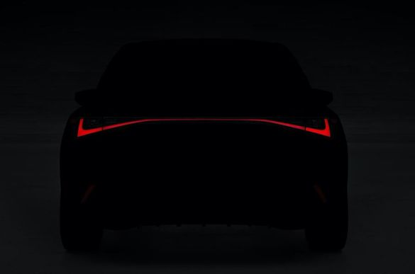 Lexus IS на тизері