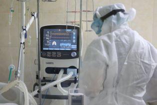 У Львівській області у лікарні зафіксували ще одну смерть пацієнта з коронавірусом
